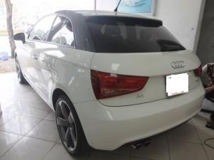 Cần bán Audi A1 đời 2010, màu trắng, xe nhập số tự động  -2