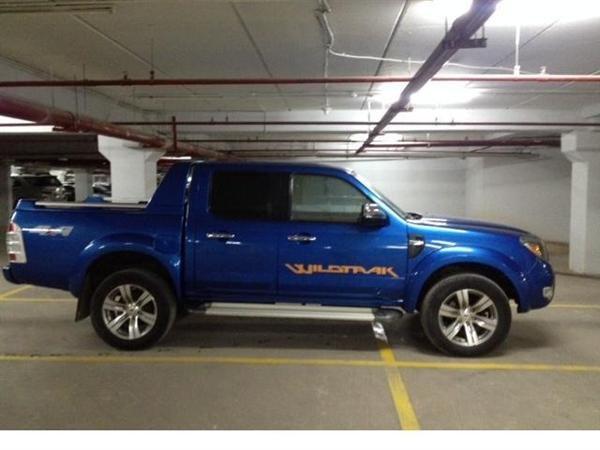 Xe Ford Ranger đời 2010, màu xanh lục, nhập khẩu chính hãng-5