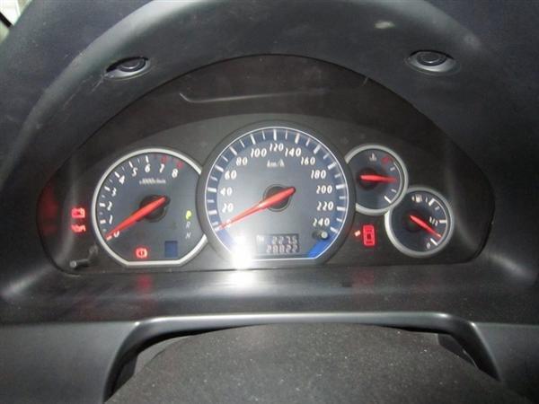 Cần bán Mitsubishi Grandis đời 2009, màu đen, xe đẹp như mới-4