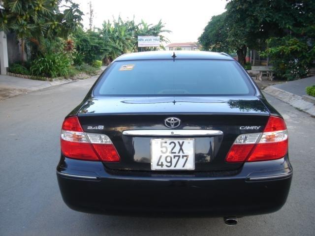 Cần bán xe Toyota Camry đời 2004, màu đen số sàn-4