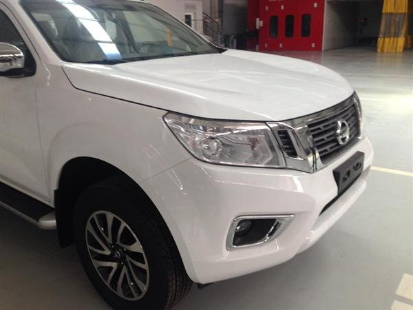 Nissan Navara VL đời 2015, màu trắng, xe nhập-5