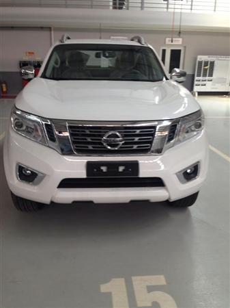 Nissan Navara VL đời 2015, màu trắng, xe nhập-0