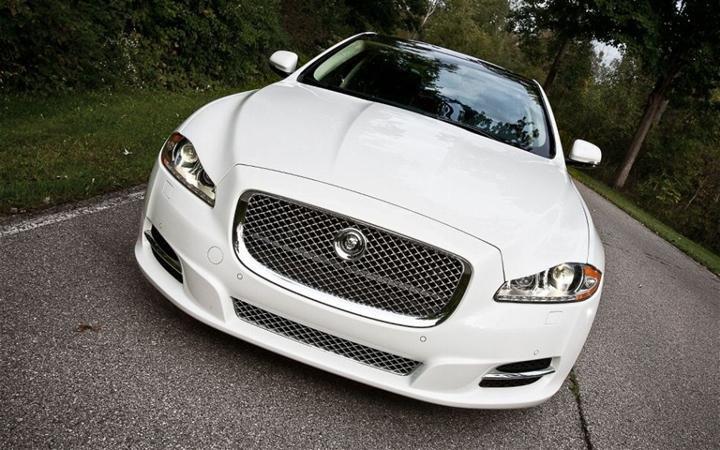 Bán ô tô Jaguar XJ đời 2014, màu trắng, nhập khẩu nguyên chiếc-2