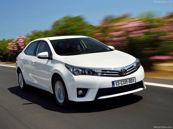 Cần bán Toyota Corolla altis 2014, nhập khẩu chính hãng -7