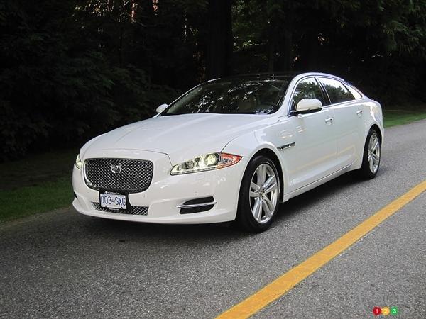 Bán ô tô Jaguar XJ đời 2014, màu trắng, nhập khẩu nguyên chiếc-1