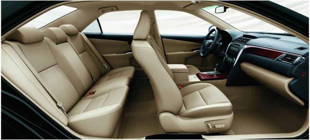 Cần bán xe Toyota Camry đời 2014, màu trắng -5