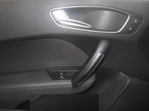 Cần bán Audi A1 đời 2010, màu trắng, xe nhập số tự động  -7
