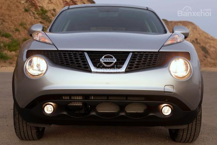 Đầu xe Nissan Juke 2015 nổi bật với thiết kế độc đáo.