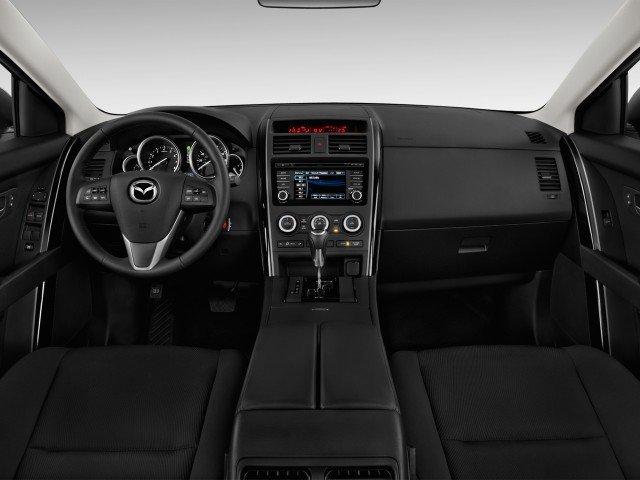 Nội thất của Mazda CX-9.