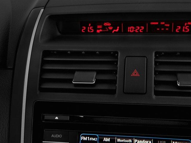 Hệ thống điều hòa trên Mazda CX-9.