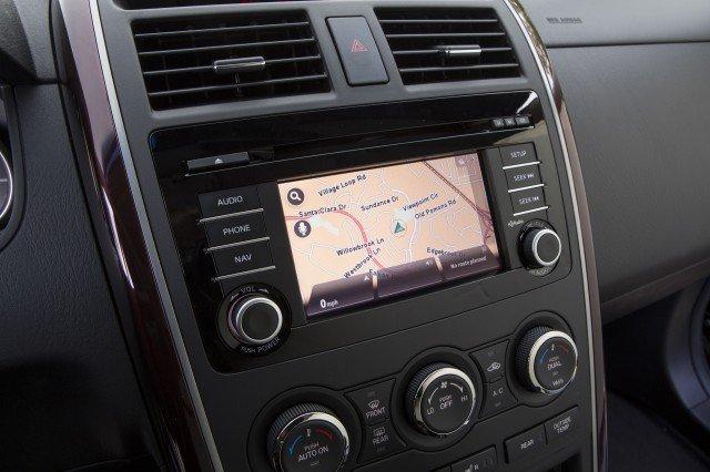 Mazda CX-9 được trang bị đầy đủ các tiện nghi hiện đại.