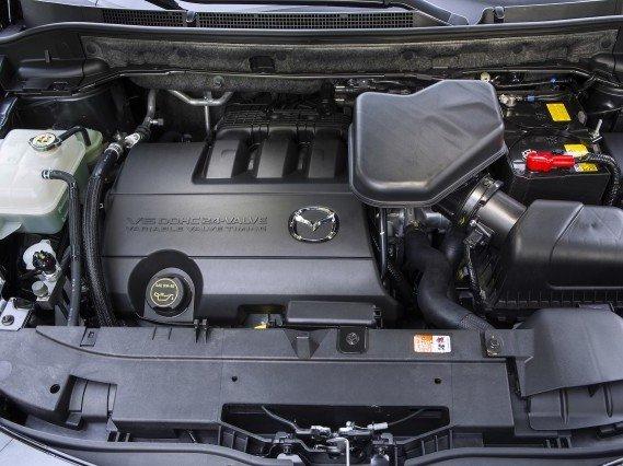 Động cơ của Mazda CX-9.
