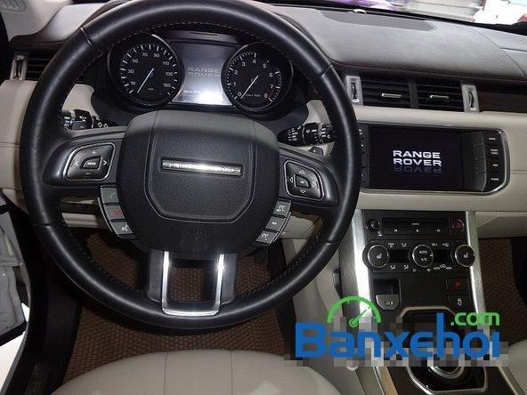 Bán ô tô LandRover Range Rover Evoque sản xuất 2012, màu trắng nhanh tay liên hệ-6