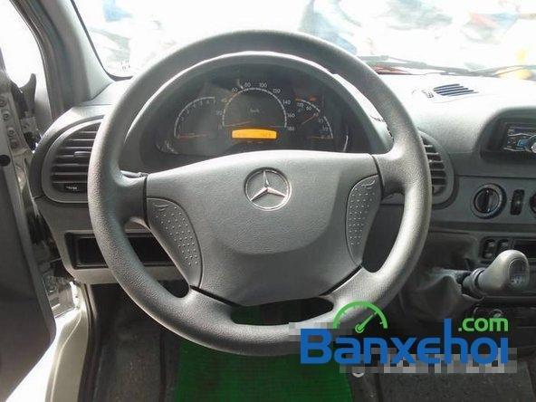 Xe Mercedes-Benz Sprinter 2012 cũ màu bạc / xám đang được bán với giá 940000000 vnd-5