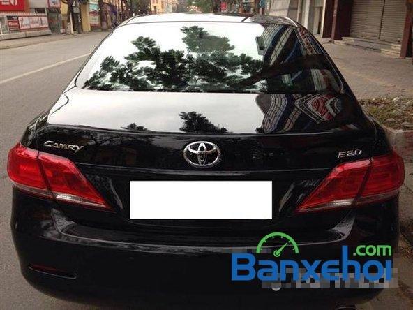 Xe Toyota Camry 2.0E 2011 cũ màu đen đang được bán-2