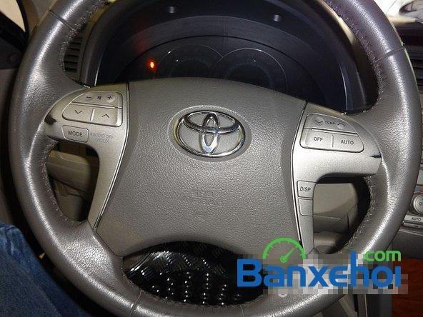 Xe Toyota Camry 2.4G 2008 cũ màu đen đang được bán với giá 820000000 vnd-8