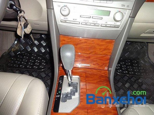 Xe Toyota Camry 2.4G 2008 cũ màu đen đang được bán với giá 820000000 vnd-9