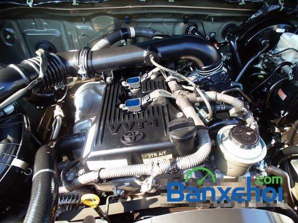 Xe Toyota Fortuner V 2012 cũ màu đen đang được bán với giá 930000000 vnd-6