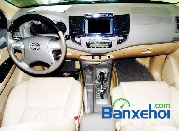 Toyota Used Cars Đông Sài Gòn bán xe Toyota Fortuner V đời 2013, màu đen đã đi 29420 km-4