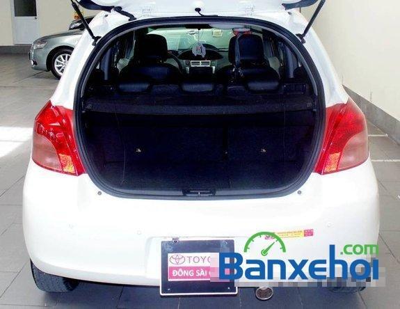 Xe Toyota Yaris 1.3 2008 cũ màu trắng đang được bán với giá 505000000 vnd-5