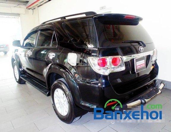 Toyota Used Cars Đông Sài Gòn bán xe Toyota Fortuner V đời 2013, màu đen đã đi 29420 km-2