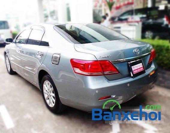 Xe Toyota Camry 2.4 2010 cũ màu bạc đang được bán với giá 925000000 vnd-2