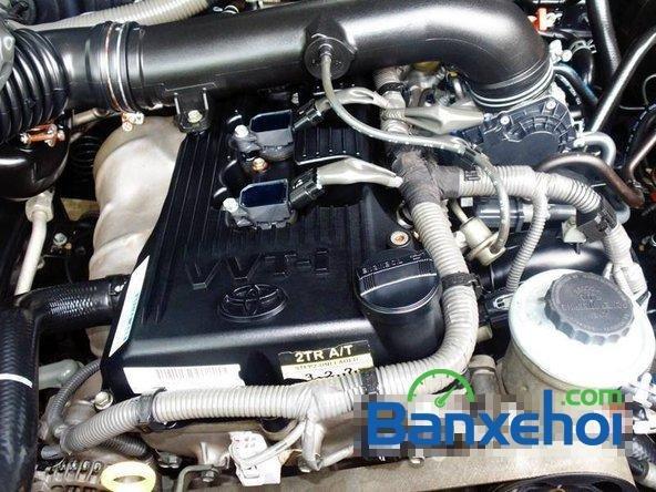 Xe Toyota Fortuner V 2009 cũ màu bạc đang được bán với giá 725000000vnd-6