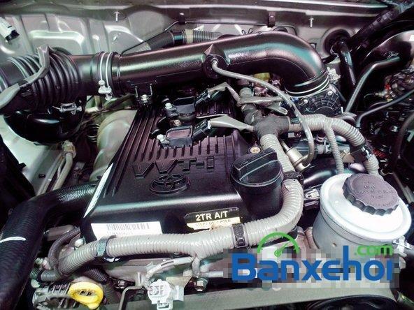 Xe Toyota Fortuner V 2010 cũ màu bạc đang được bán-5