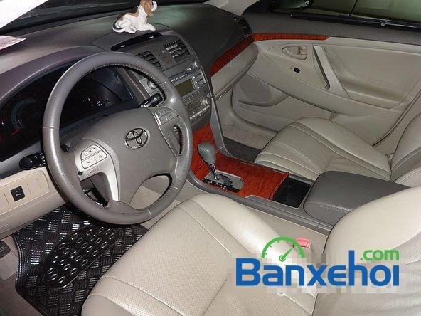 Xe Toyota Camry 2.4G 2008 cũ màu đen đang được bán với giá 820000000 vnd-5