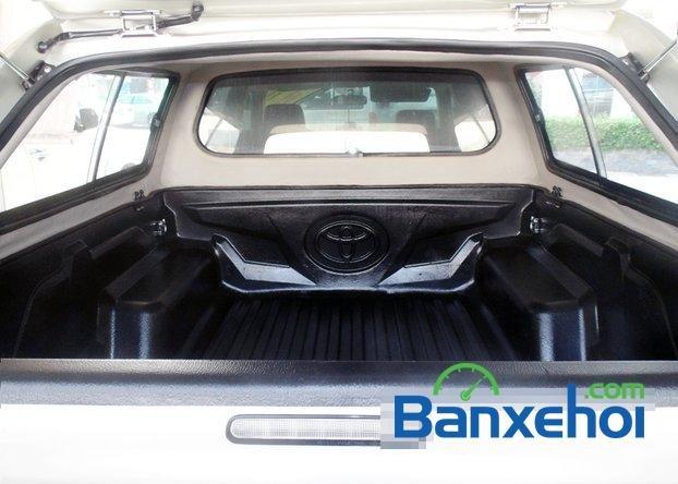 Cần bán xe Toyota Hilux 2.5E 2012 đã đi 81800 km-5