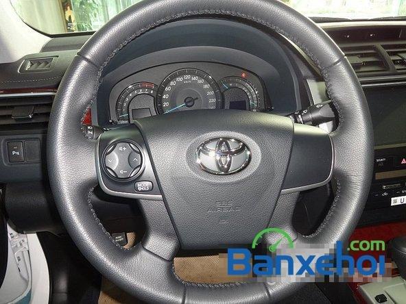 Mình cần bán Toyota Camry 2.0 đời 2014, màu đen-6