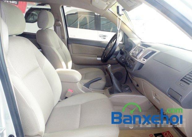 Cần bán xe Toyota Hilux 2.5E 2012 đã đi 81800 km-2
