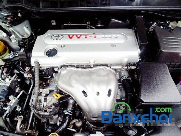 Xe Toyota Camry 2.4 2010 cũ màu bạc đang được bán với giá 925000000 vnd-6