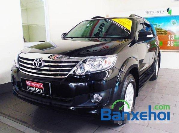 Toyota Used Cars Đông Sài Gòn bán xe Toyota Fortuner V đời 2013, màu đen đã đi 29420 km-1