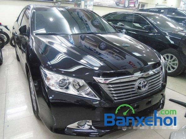 Xe Toyota Camry 2014 mới màu đen đang được bán với giá 1145000000 vnd-0