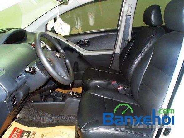 Xe Toyota Yaris 1.3 2008 cũ màu trắng đang được bán với giá 505000000 vnd-3