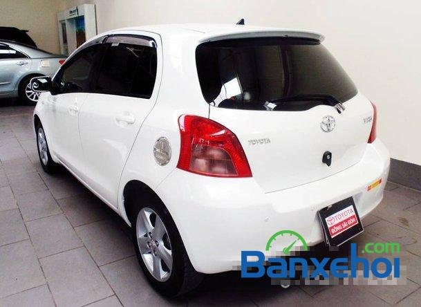 Xe Toyota Yaris 1.3 2008 cũ màu trắng đang được bán với giá 505000000 vnd-2