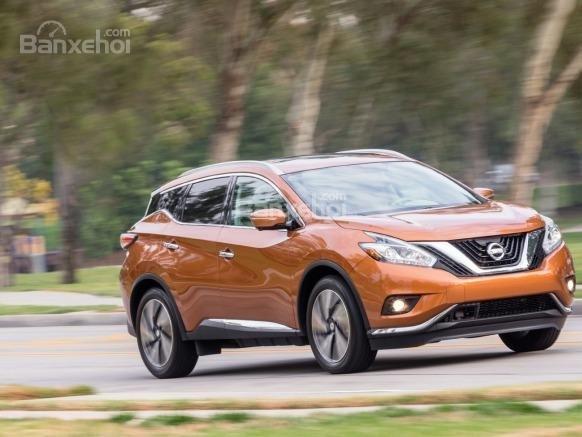 Nissan Maruno 2015.