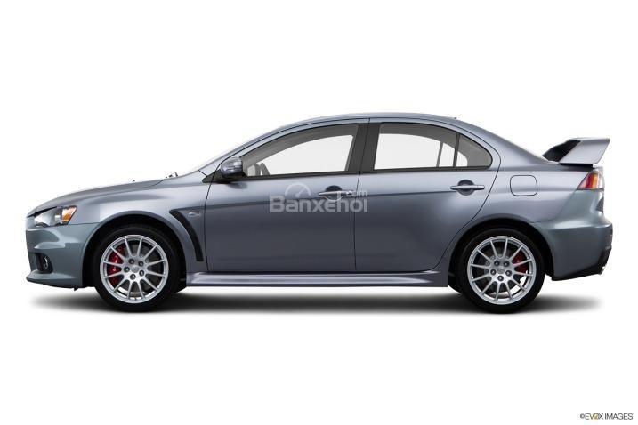 Đánh giá thân xe Mitsubishi Lancer Evolution 2015
