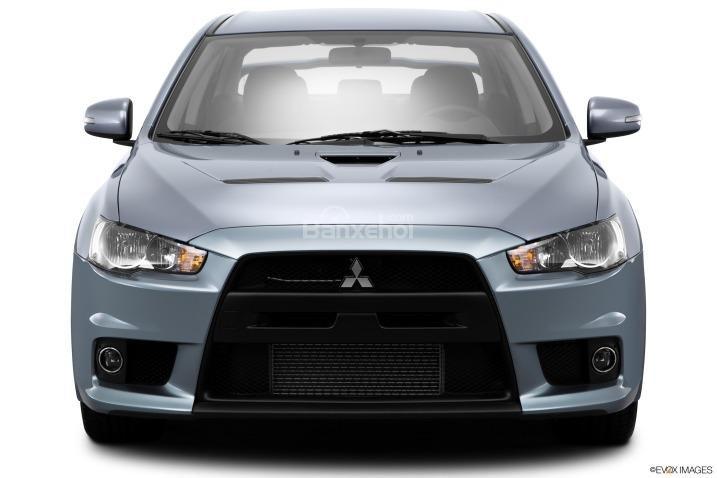 Đánh giá đầu xe Mitsubishi Lancer Evolution 2015