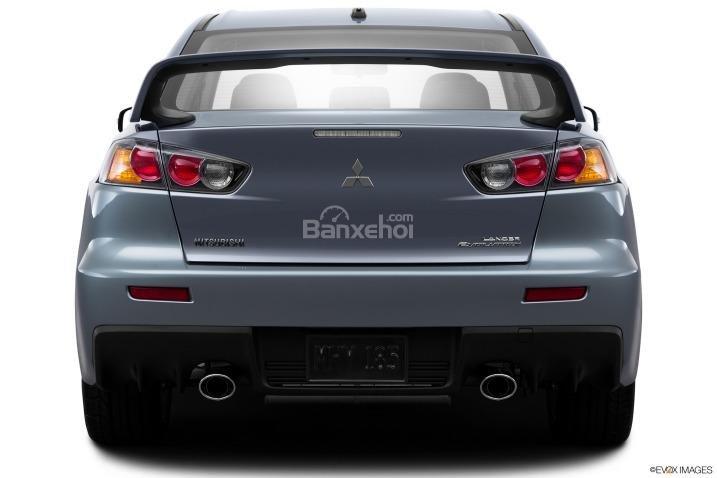 Đánh giá đuôi xe Mitsubishi Lancer Evolution 2015