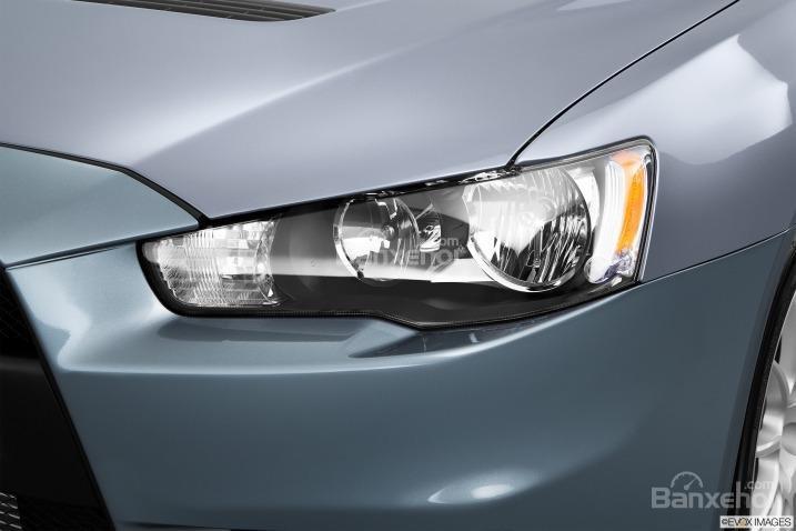 Đánh giá đèn pha xe Mitsubishi Lancer Evolution 2015