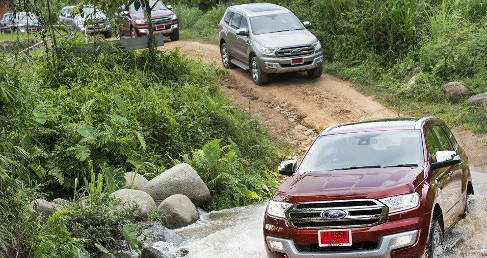 Ford Everest 2015 được trạng bị hàng loạt các công nghệ hiện đại.