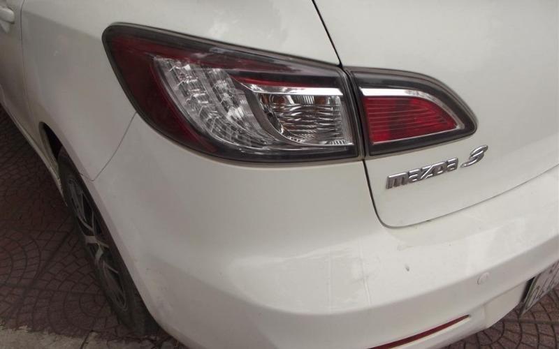 Nam Chung Auto cần bán Mazda 2 năm 2010, màu trắng, nhập khẩu-3