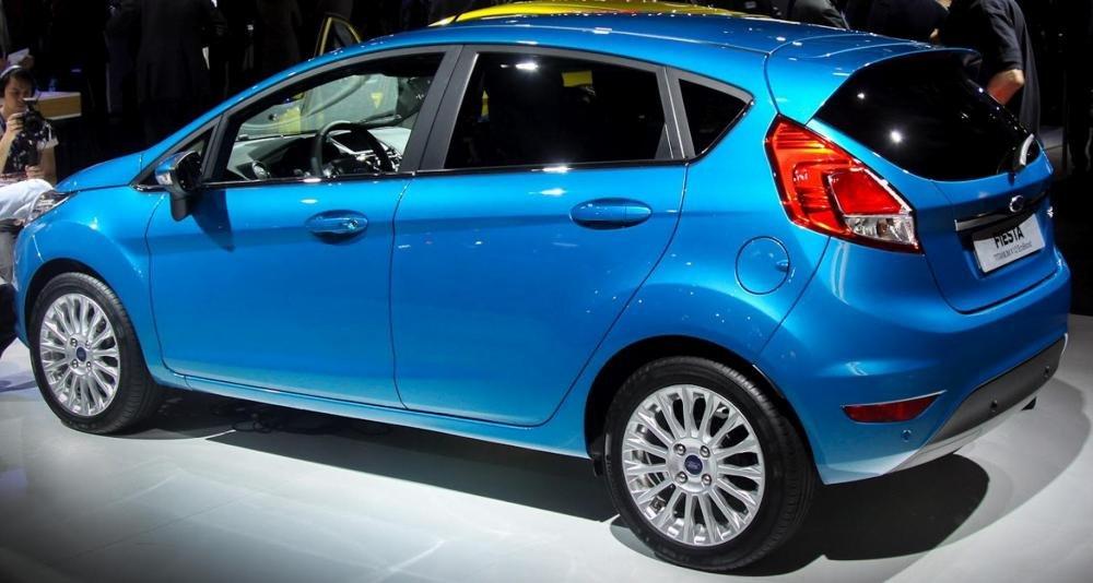 Bán ô tô Ford Fiesta đời 2014, màu trắng-2