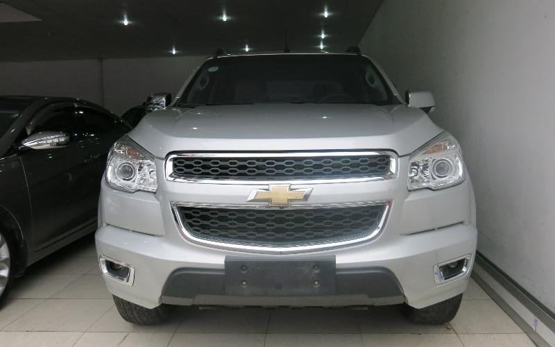 Bán xe Chevrolet Colorado năm 2013, màu bạc-0