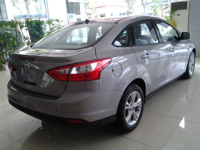 Bán ô tô Ford Focus đời 2015, đẳng cấp doanh nhân-3