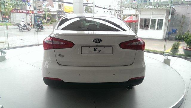 Bán Kia K3 đời 2014, màu trắng, 678tr-2