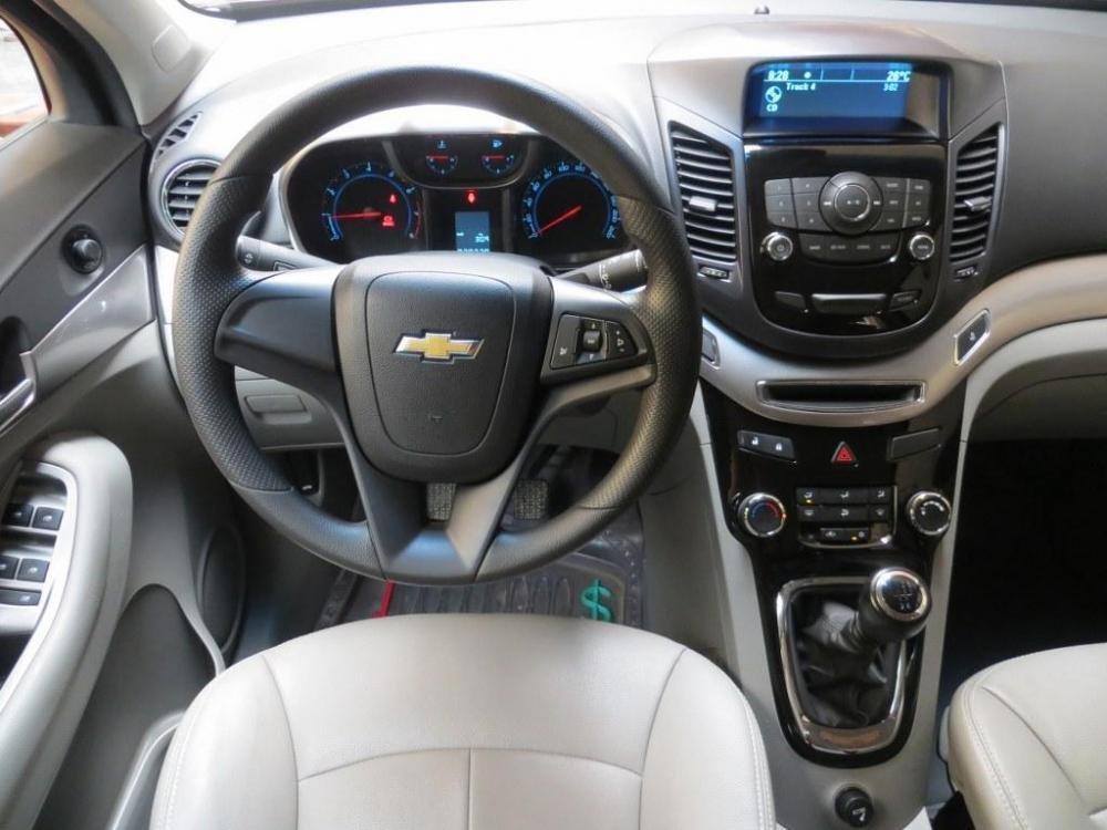 Bán ô tô Chevrolet Orlando đời 2012, màu đen, số sàn-7