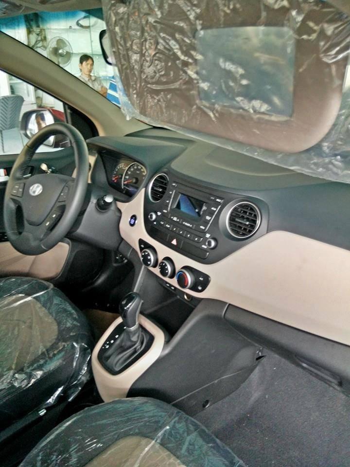 Hyundai i10 đời 2015, màu trắng, nhập khẩu nguyên chiếc -4